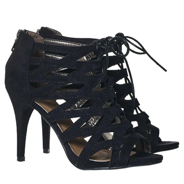 heels_black_pf_1